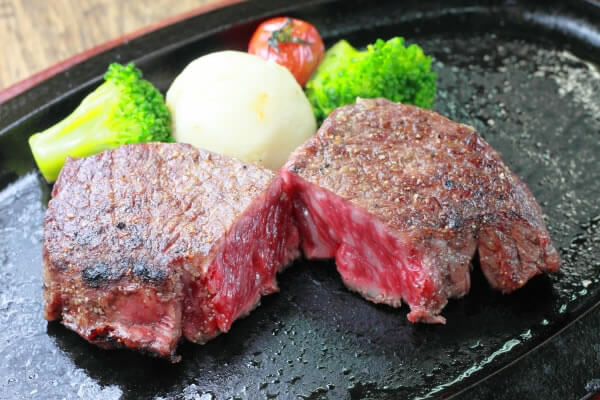 https://okinawa-labo.com/naha-steak-1287